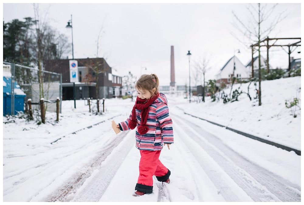 Oh-Belle_Blog_fotoshoot_sneeuw_ede_gezin_0497 Gezinsshoot in de sneeuw