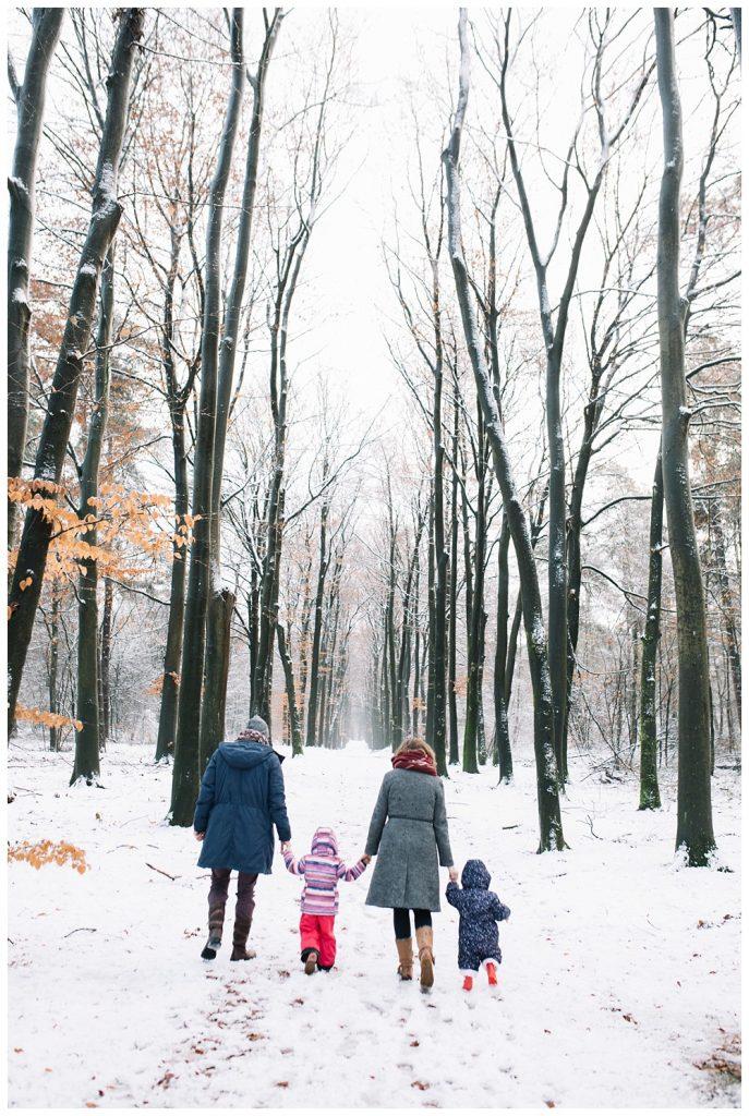 Oh-Belle_Blog_fotoshoot_sneeuw_ede_gezin_0500-687x1024 Gezinsshoot in de sneeuw