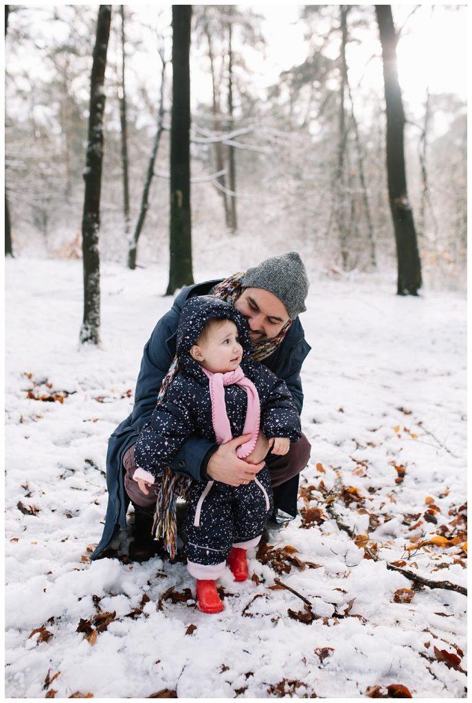 Oh-Belle_Blog_fotoshoot_sneeuw_ede_gezin_0507-687x1024 Gezinsshoot in de sneeuw